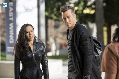 Jessica Camacho Tom Cavanagh Dead or Alive The Flash