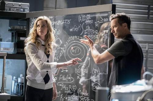 Anne Dudek Tom Cavanagh Cause and Effect The Flash