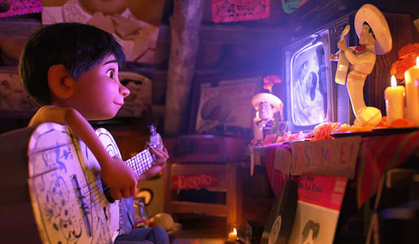 Ode to Mexico 'Coco' tops box office, America's favorite Thanksgiving fare