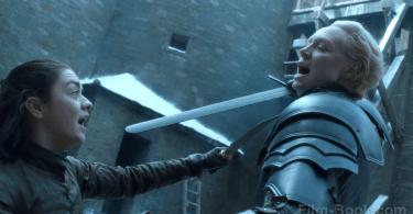 Maisie Williams Gwendoline Christie Sword Fighting Game of Thrones The Spoils of War
