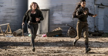 Alycia Debnam-Carey Danay Garcia Fear the Walking Dead Season 4 Episode 3