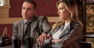 Kirk Acevedo Katie Cassidy Arrow Shifting Allegiances