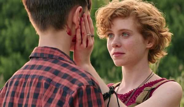 Sophia Lillis Hand Blood It