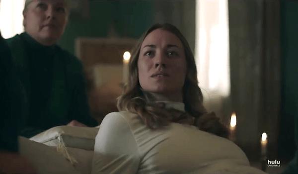 Yvonne Strahovski The Handmaid's Tale Season 2 Episode 10