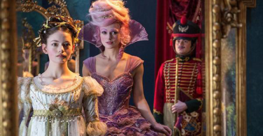 Keira Knightley Mackenzie Foy The Nutcracker and the Four Realms