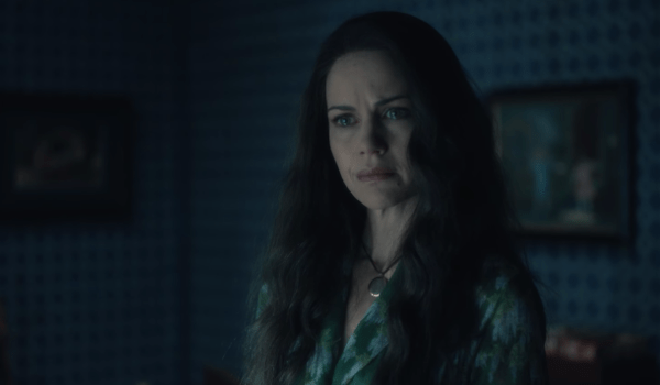 Carla Gugino The Haunting of Hill House