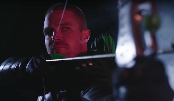 Stephen Amell Arrow Unmasked