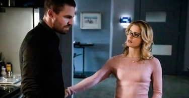 Stephen Amell Emily Bett Rickards Arrow Star City Slayer