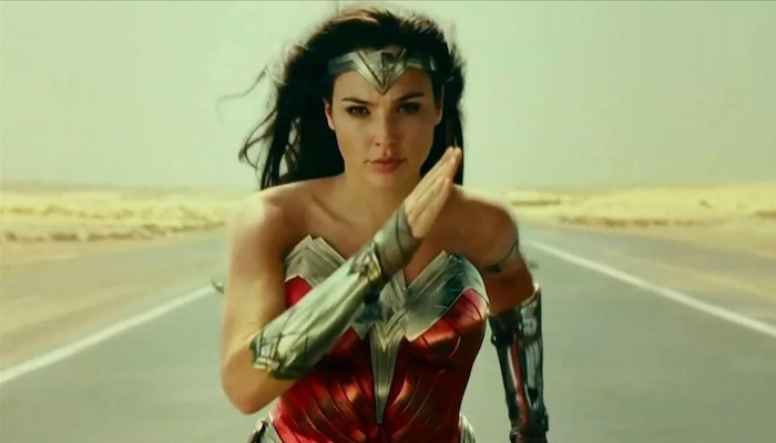 """WONDER WOMAN 1984 Movie Trailer: Diana of Themyscira """"will become a Legend"""" [CCXP 2020]"""