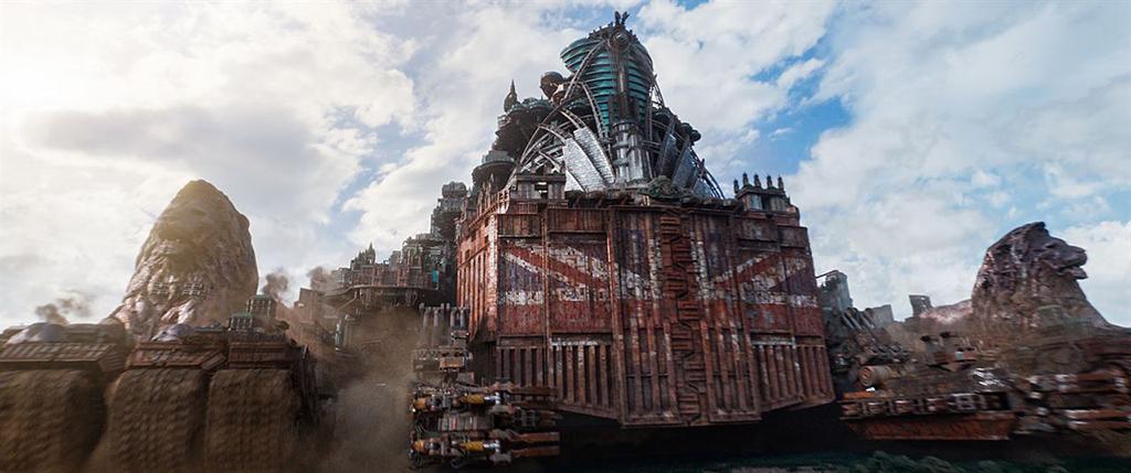 Mortal Engines film review; adventure, sci-fi