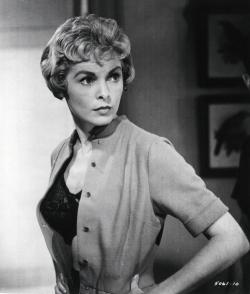 janet-leigh-psycho-hot-614625139