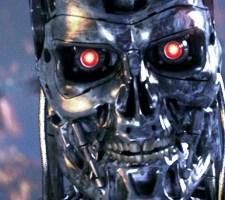 DUCH W MASZYNIE. O robotach w kinie