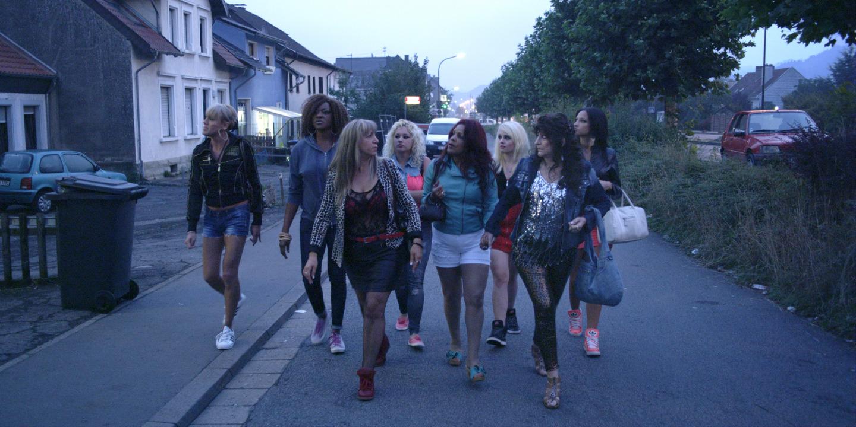 party-girl-2014-amachoukeli-barsacq-burger-theis-02