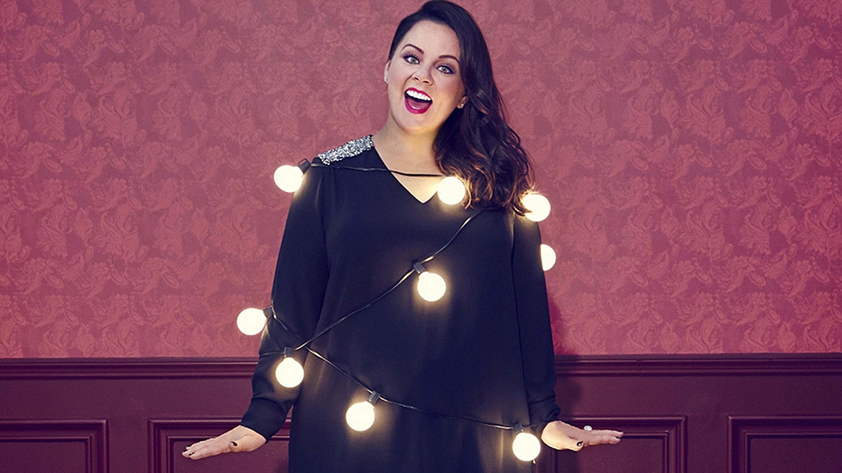 Melissa-McCarthy-fashion-line-today-151210-tease