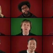 7 nietypowych piosenek na Święta
