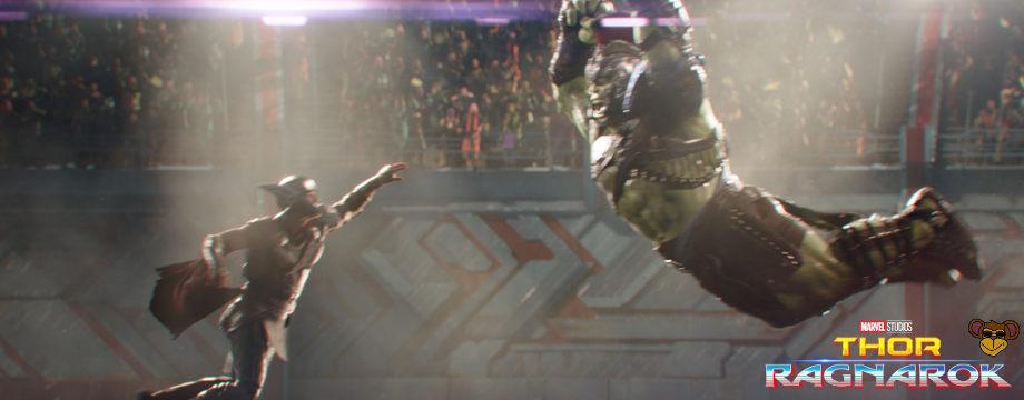 Thor Tag der Entscheidung - Filmkritik | Das Duell in der Arena zwischen Thor und Hulk