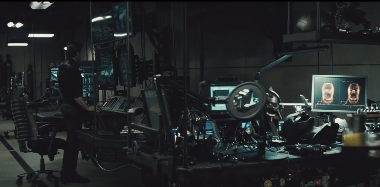 anthro ergonomic verte chair bungee accessories the batman exclusive: black 'spine' in v superman's batcave - film and ...