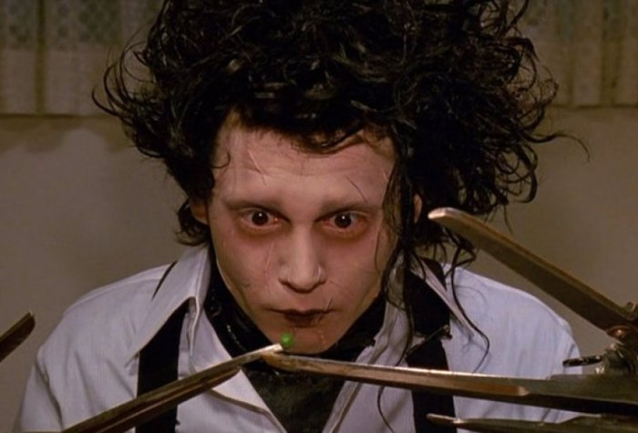 https://www.looper.com/170580/things-only-adults-notice-in-edward-scissorhands/