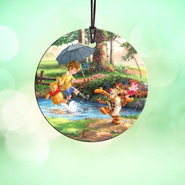 Disney' Winnie Pooh Starfire Prints Hanging Glass