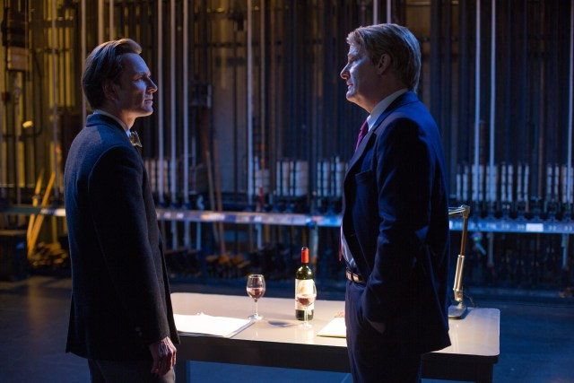 Michael Fassbender and Jeff Daniels in Steve Jobs - © Universal Picture