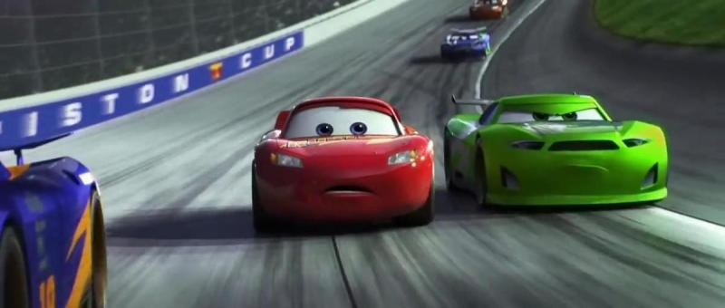 Lightning McQueen (Owen Wilson) racing in Cars 3
