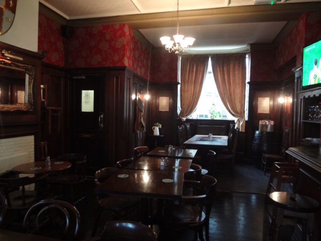 The inside of the Black Prince pub. Photo: © Sonja Irani / filmfantravel.com