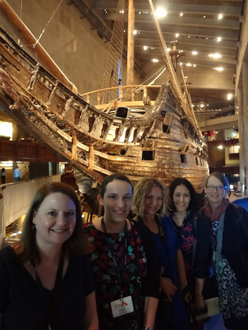 With some fellow travel bloggers at the Vasa museum. © Sonja Irani / filmfantravel.com