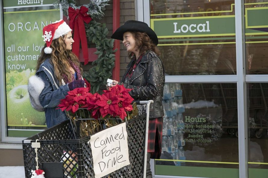 "Carla and her mom Isis in ""A Bad Moms Christmas"" Photo: © Motion Picture Artwork 2017 STX Financing, LLC"