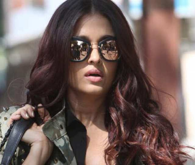 Aishwarya Rai Bachchans First Look From Fanne Khan Is All Things Hot