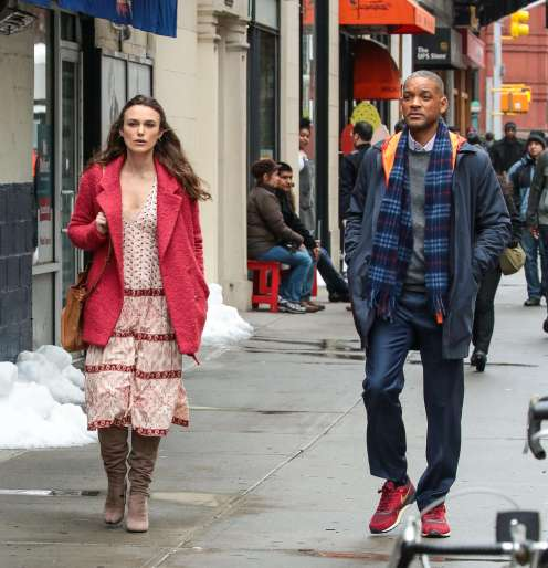 keira-knightley-on-set-of-collateral-beauty-02