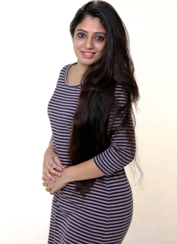 76+ Gorgeous Photos of Veena Nandakumar 67