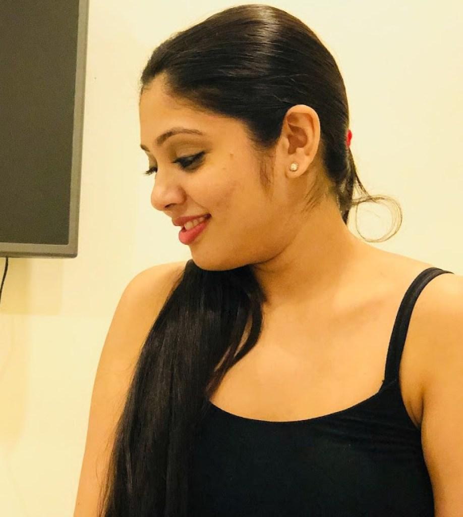 76+ Gorgeous Photos of Veena Nandakumar 51