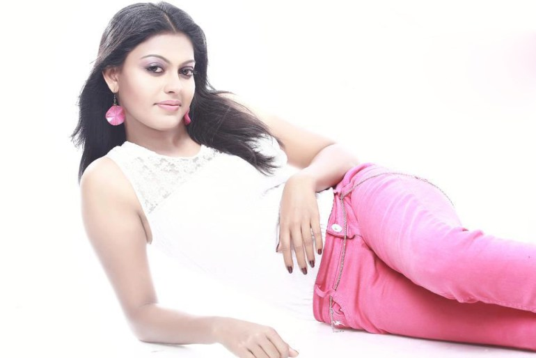 Check out this 89+ HD Photos of Anusree 156