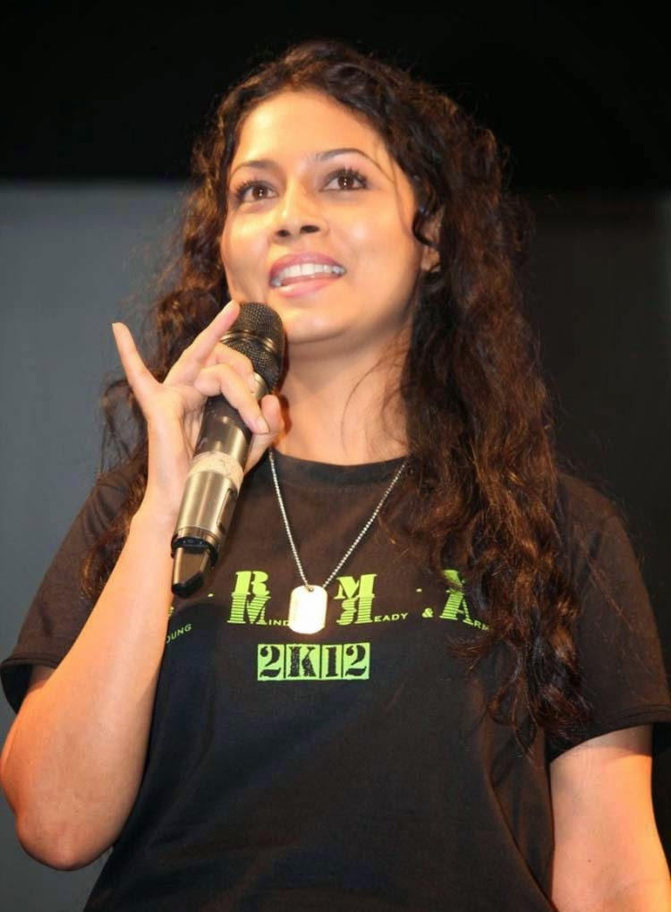 20+ Beautiful Photos of Pooja Umashankar 6