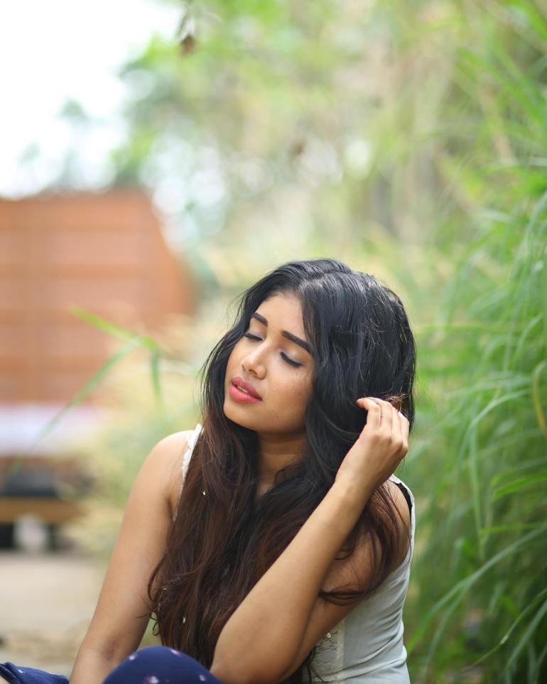 Alexandra Johnson (Big boss Malayalam) Wiki, Age, Biography, Movies, web series, and Gorgeous Photos 48