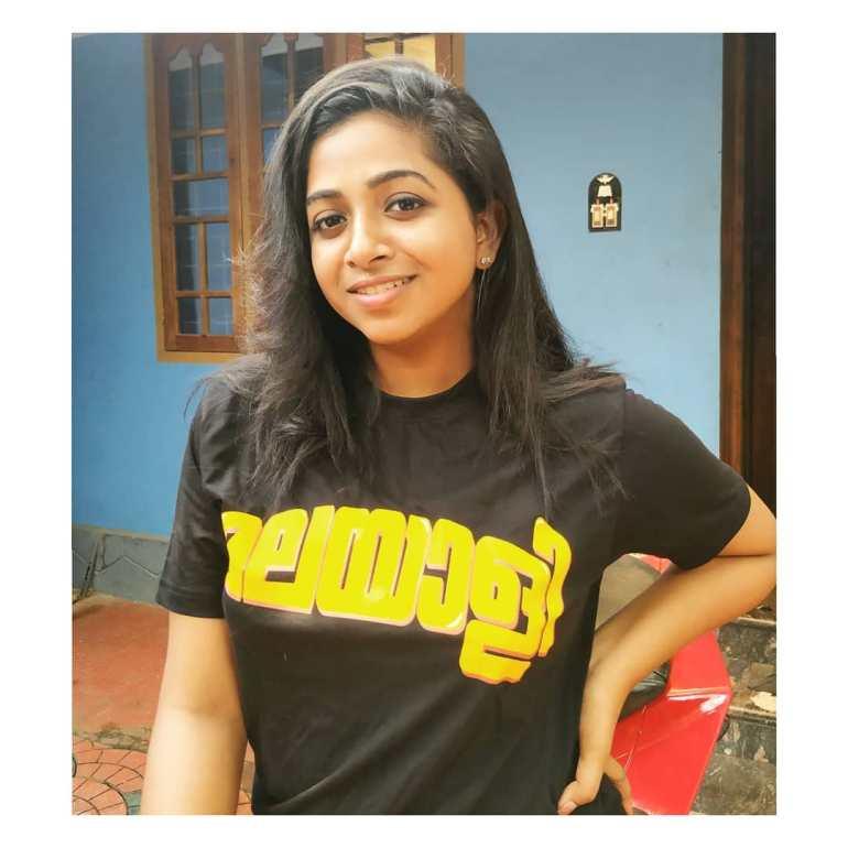Sneha Babu Wiki, Biography, Age, Boyfriend, Movies, webseries and Beautiful Photos 5