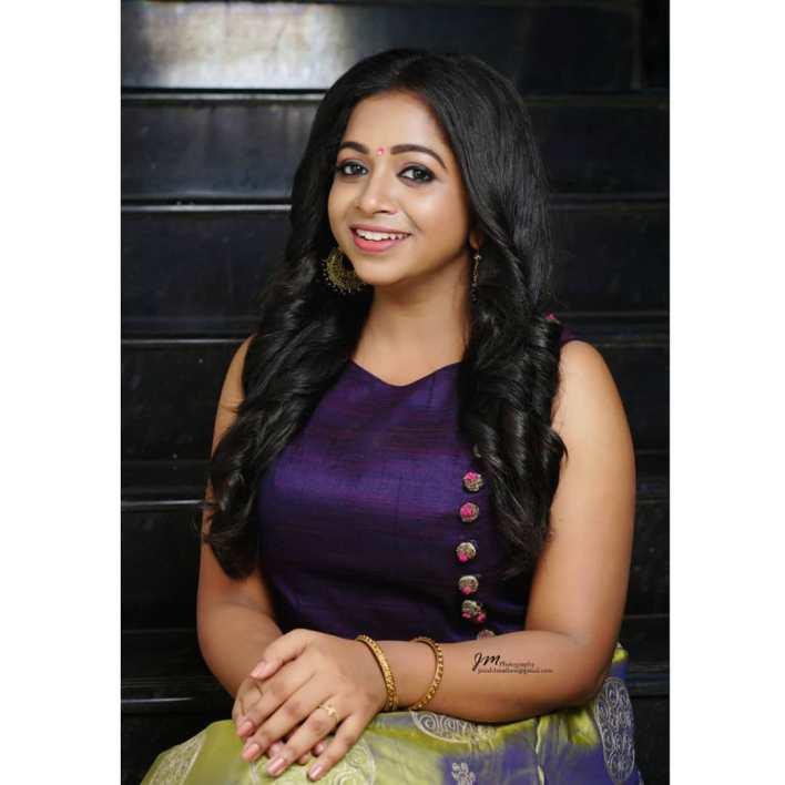 Sneha Babu Wiki, Biography, Age, Boyfriend, Movies, webseries and Beautiful Photos 9