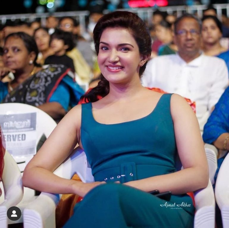 36+ Beautiful Photos of Honey Rose 100