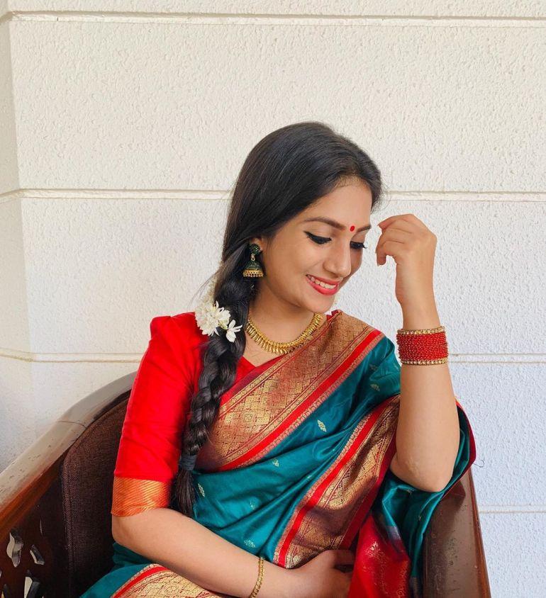 20+ Beautiful Photos of Gopika Anil 14