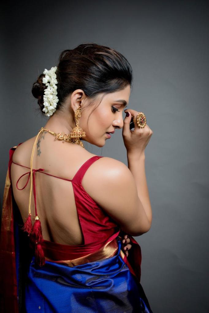 42 HD Beautiful Photos of Vani Bhojan 121