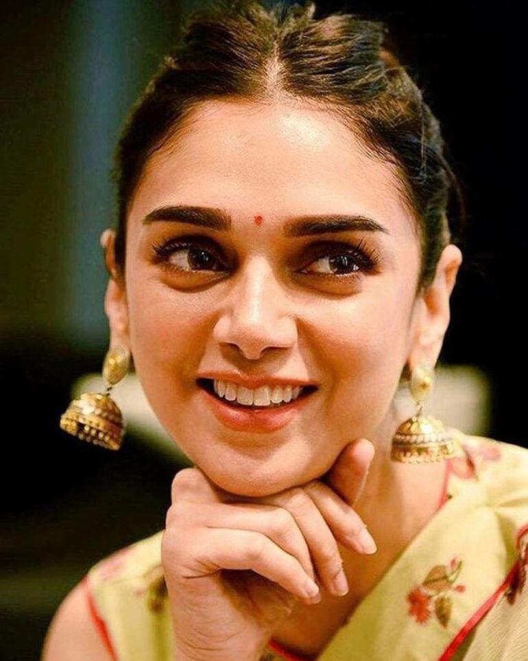 95+ Glamorous Photos of Aditi Rao Hydari 12