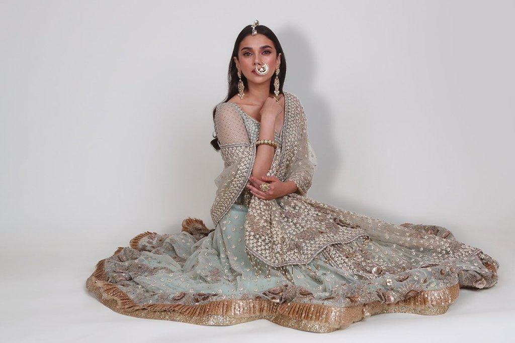 95+ Glamorous Photos of Aditi Rao Hydari 93