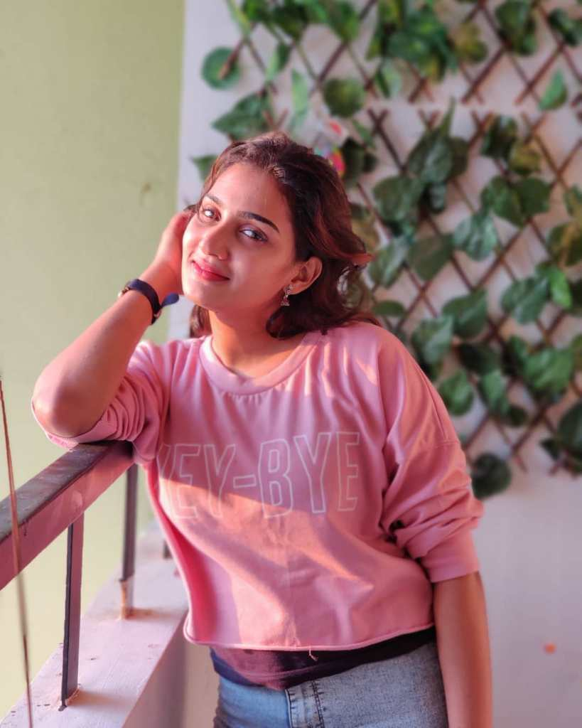 57+ Cute Photos of Aditi Ravi 29