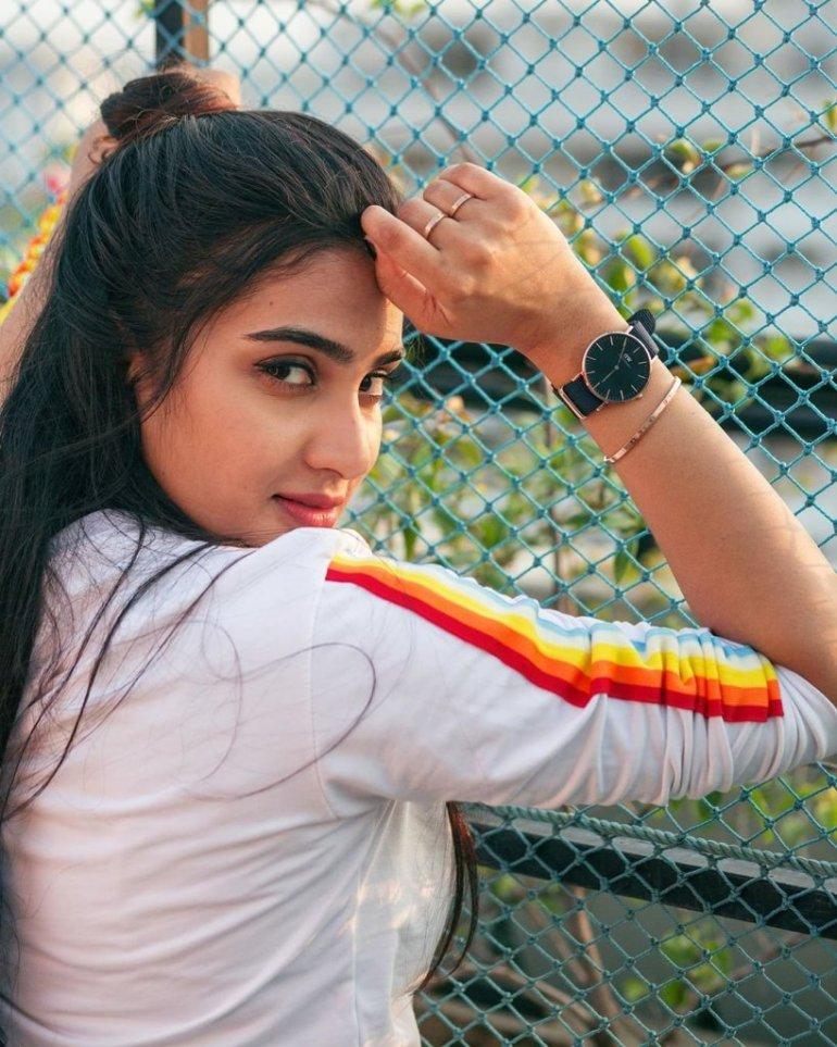57+ Cute Photos of Aditi Ravi 51