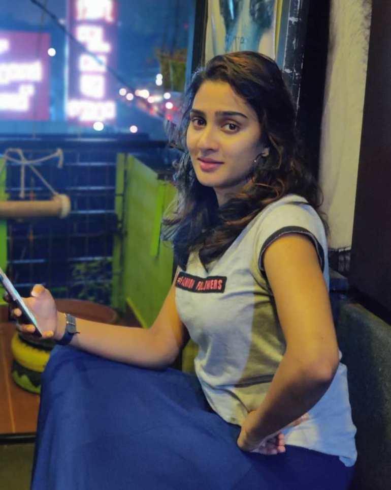 57+ Cute Photos of Aditi Ravi 53