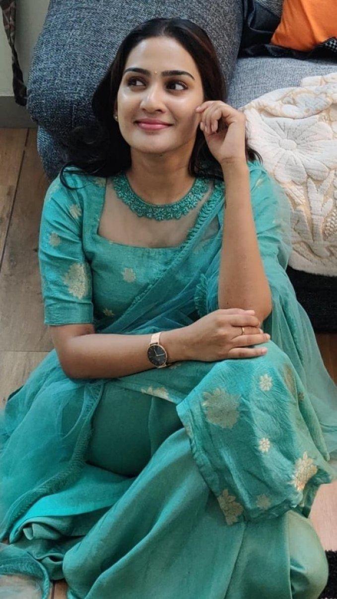 57+ Cute Photos of Aditi Ravi 57