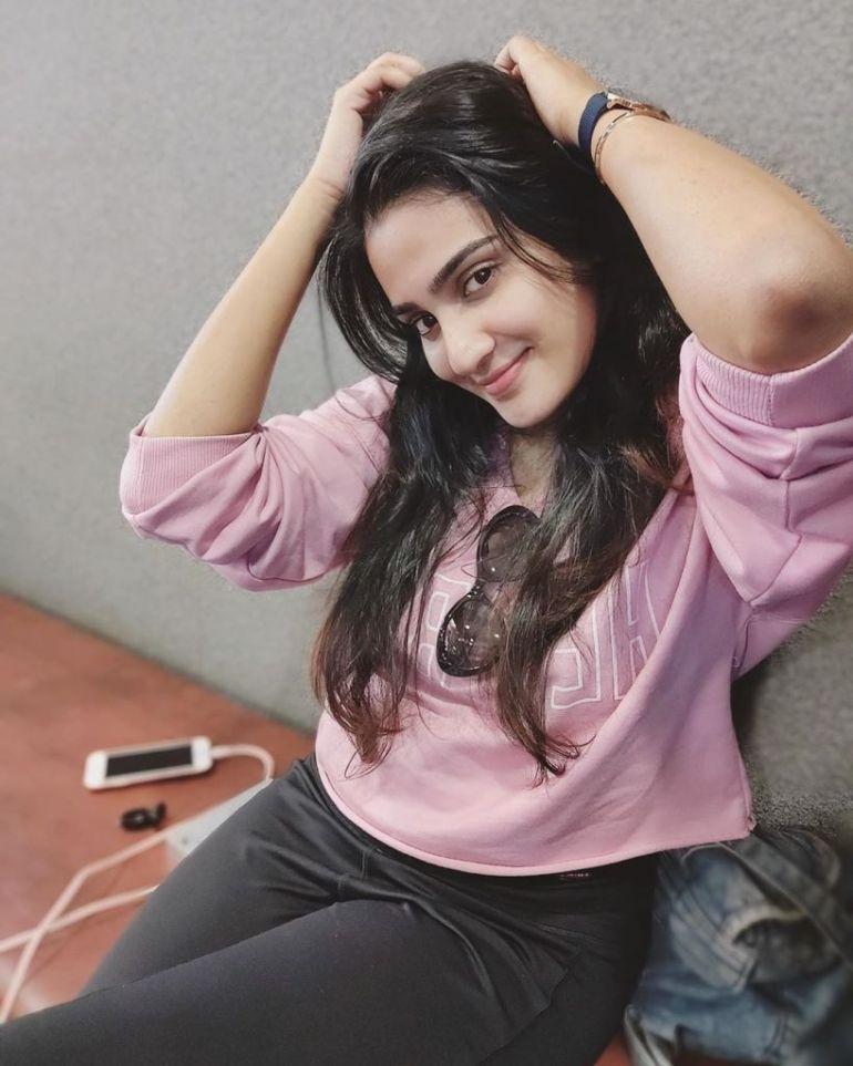 57+ Cute Photos of Aditi Ravi 10