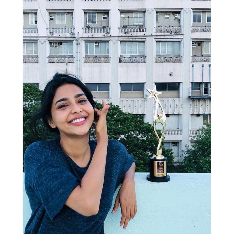 60+ glamorous Photos of Aishwarya Lekshmi 106
