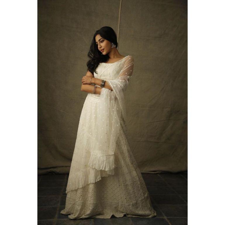 60+ glamorous Photos of Aishwarya Lekshmi 109