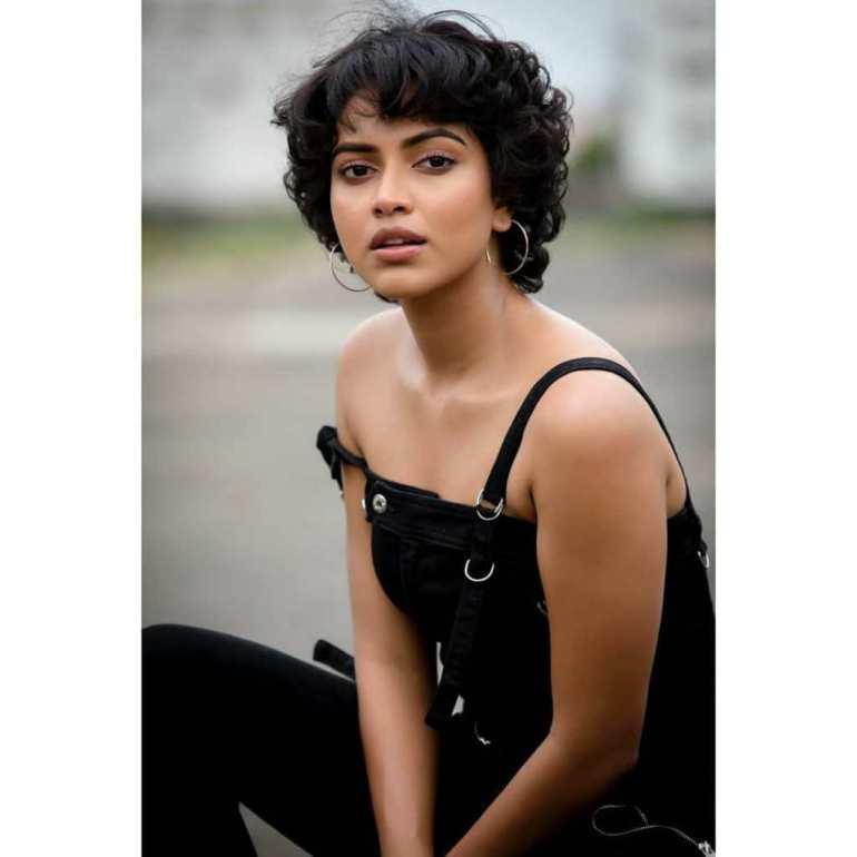 39+ Glamorous Photos of Amala Paul 10